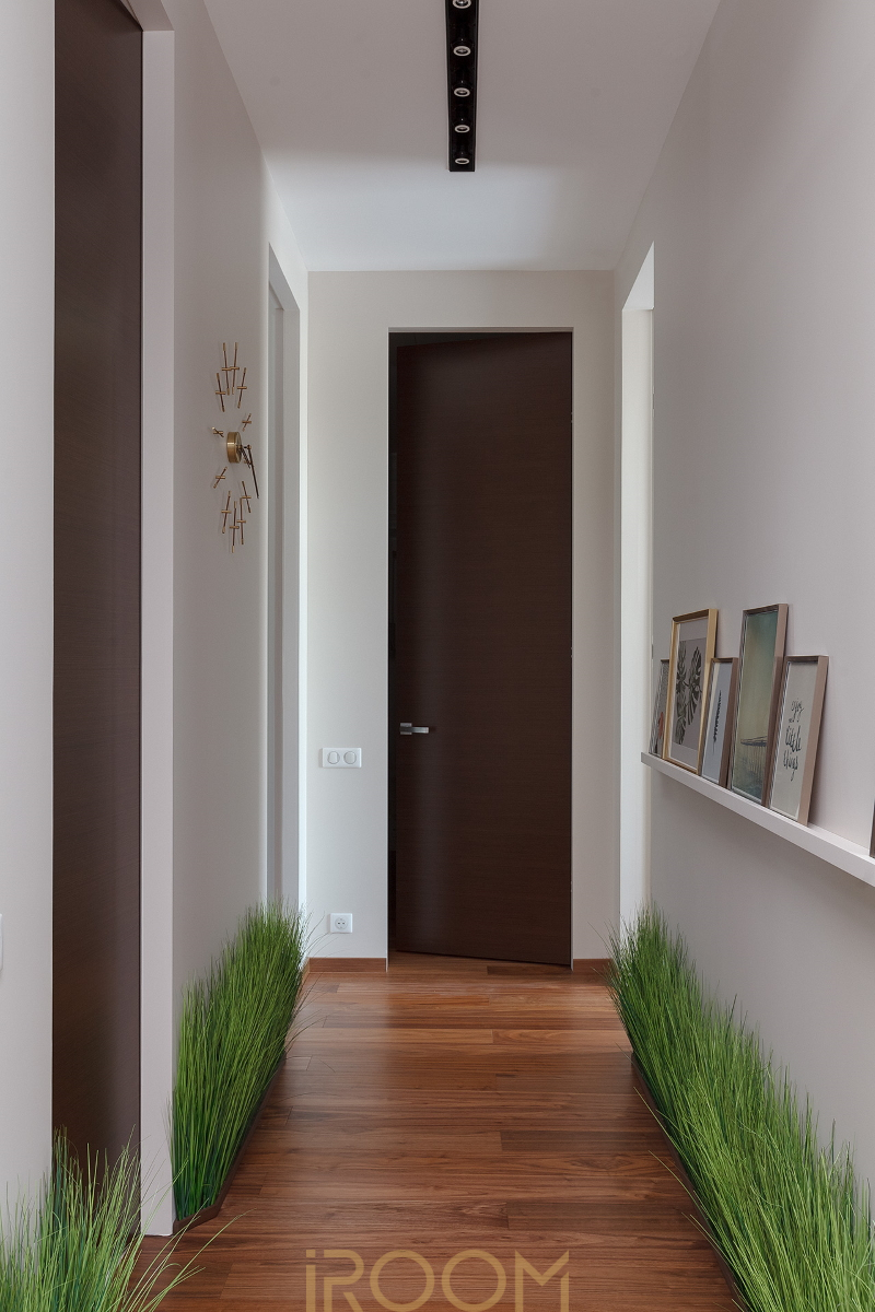 koridor v sovremennom stile zhk dom na Lyusinovskoj
