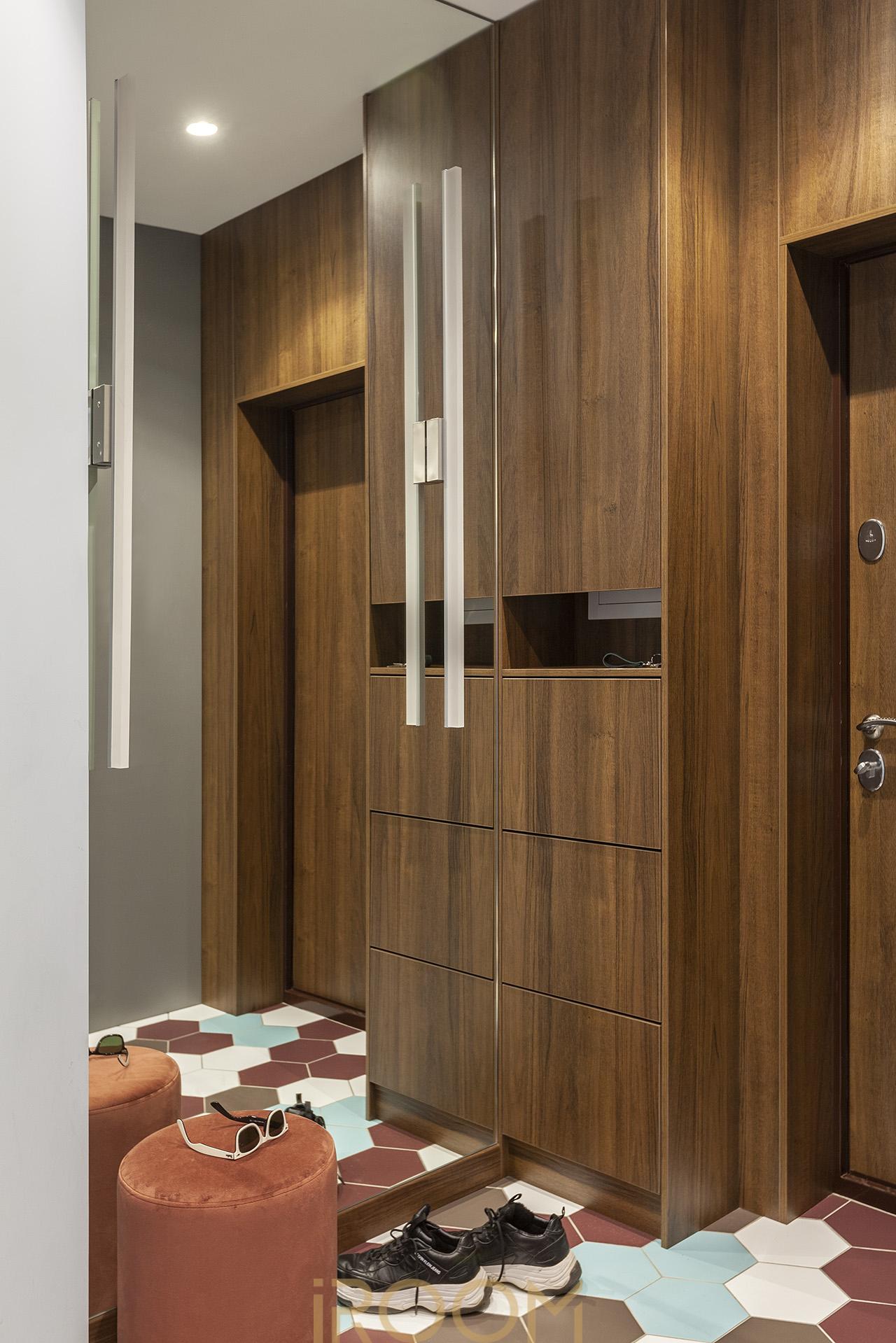 дизайн интерьера двухкомнатной квартиры прихожая мебель