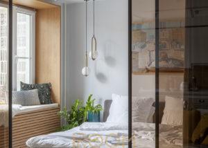interer spalni v kvartire na Leninskom 1 300x214 - Спальная комната в неоклассическом стиле